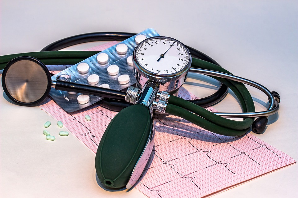 Uravnajte krvni tlak na naraven način s pomočjo programa Omega936 Project